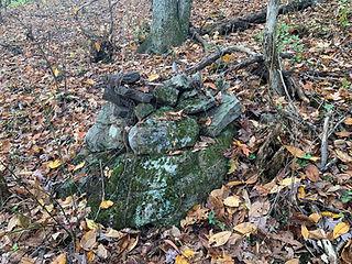 base stone cairn.jpg