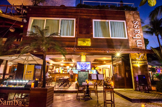 Fachada do Hotel e Restaurante