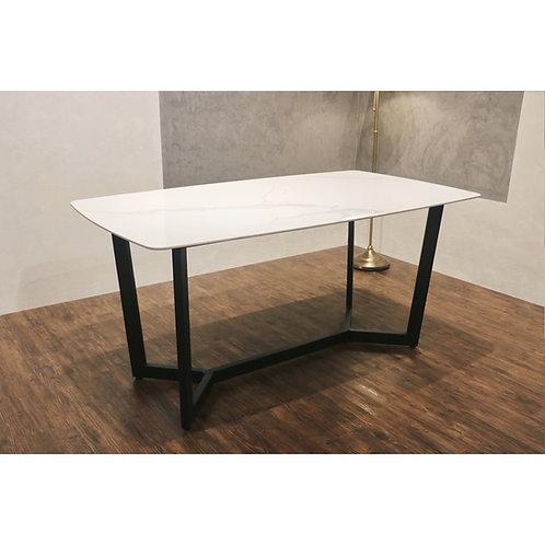 FUSSO(White) Ceramic Dining Table