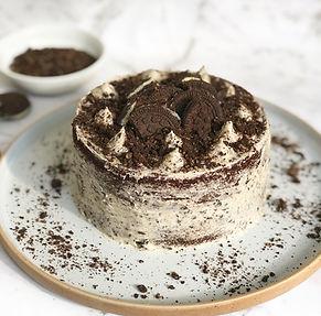 Oreo Cookies and Cream Cake Vegan Gluten