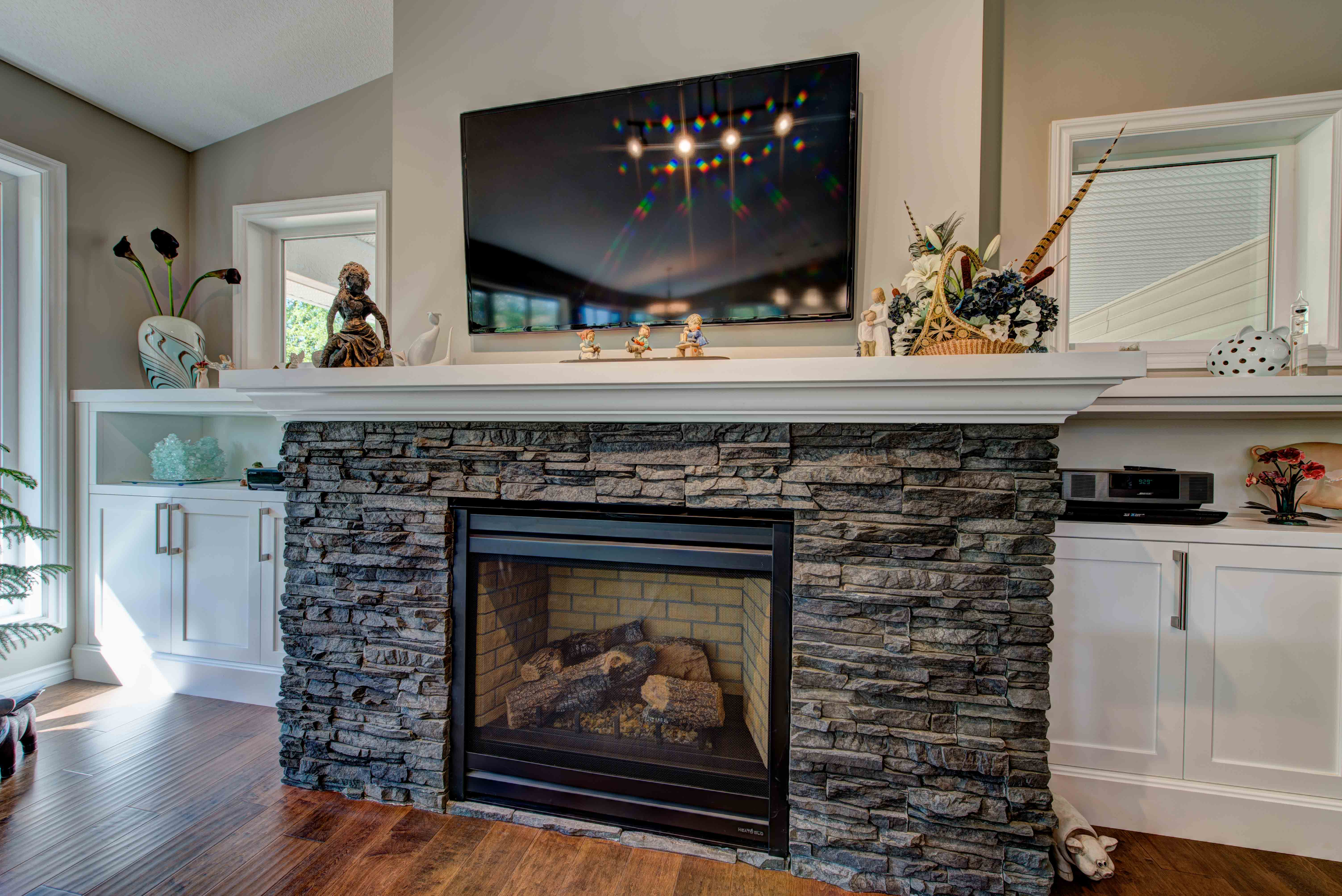 Stone masonry on fireplace