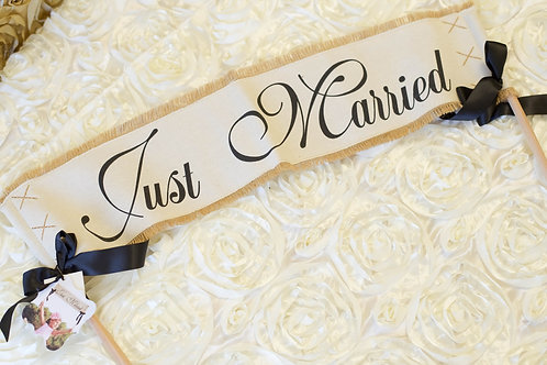 burlap just married wedding banner