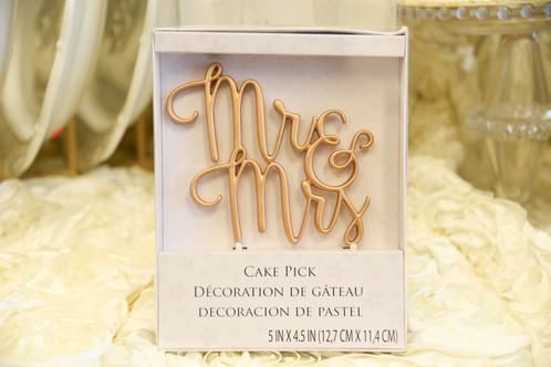 Wedding Cake Topper Mr Mrs Gold