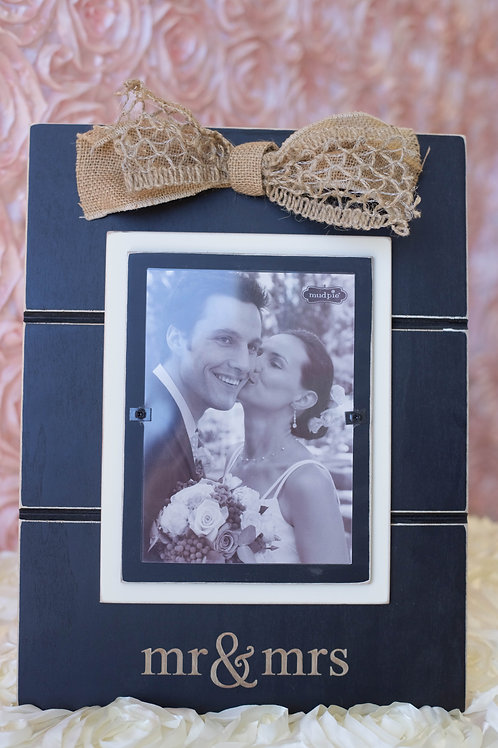 black mr mrs frame burlap bow