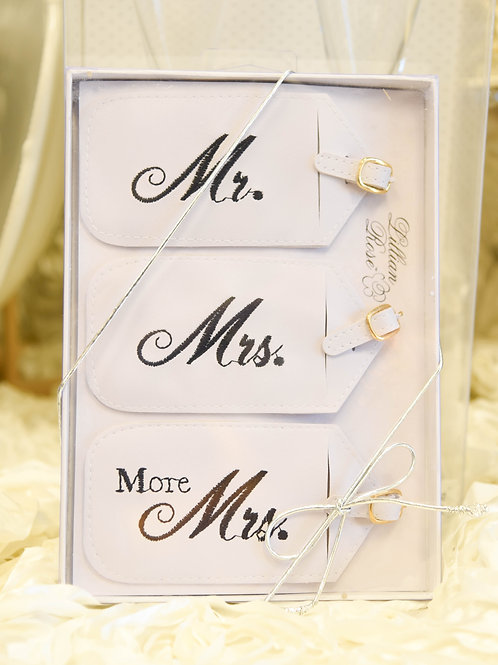 luggage tags, mr. and mrs. luggage tags, wedding gift, honeymoon gift, black and white wedding, wedding gift ideas, more mrs.