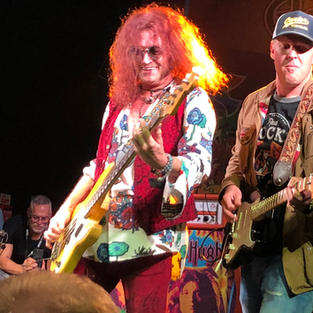 Glenn Hughes Performs Classic Deep Purple