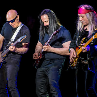G3: Joe Satriani + John Petrucci + Uli Jon Roth