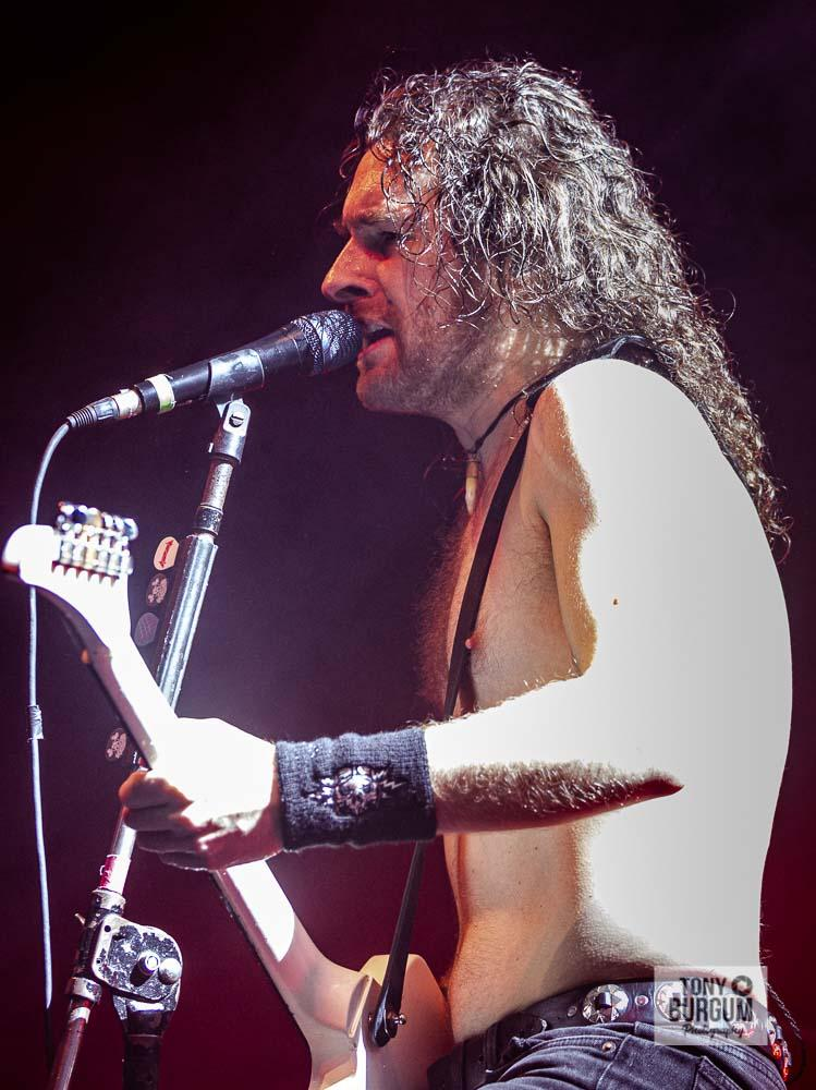 Airbourne at Newcastle O2-17-11-19-551-T