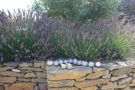 Gamme des savons artisanaux et naturels fabriqués à campagne sur aude par  La savonneriehva