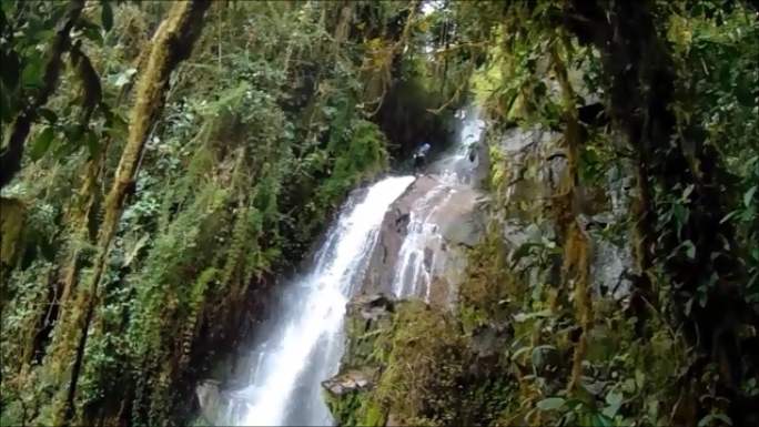 tours de canyoning en cuenca ecuador