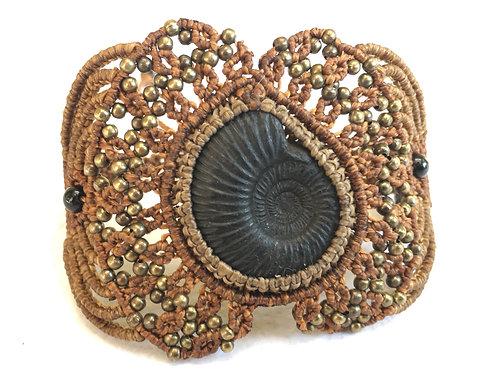 Bracelet With Ammonite - Brass - Handmade Micro Macrame