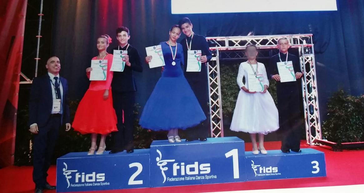 premiazione Matteo e Arianna.jpg