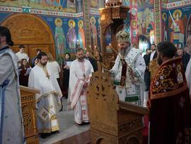Света Архијерејска Литургија и наставак прославе Јубилејанаше Цркве у Берну (други део)