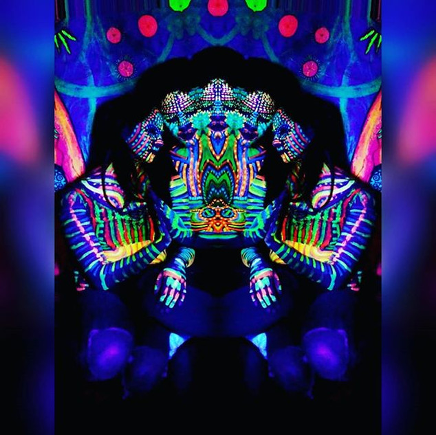 arms uv bodypaint experience  _airbnbexp