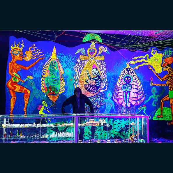 UV mural by Myztico @ Smoke Shop Mister