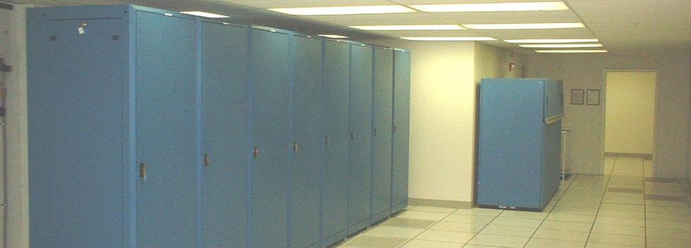 8th flr data center-2 11-9-04.JPG