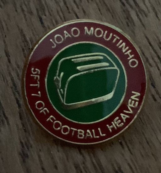 Moutinho Badge (Red/Green/Green) (T)