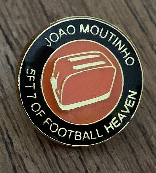 Moutinho Badge (Black/Gold/Gold) (D)