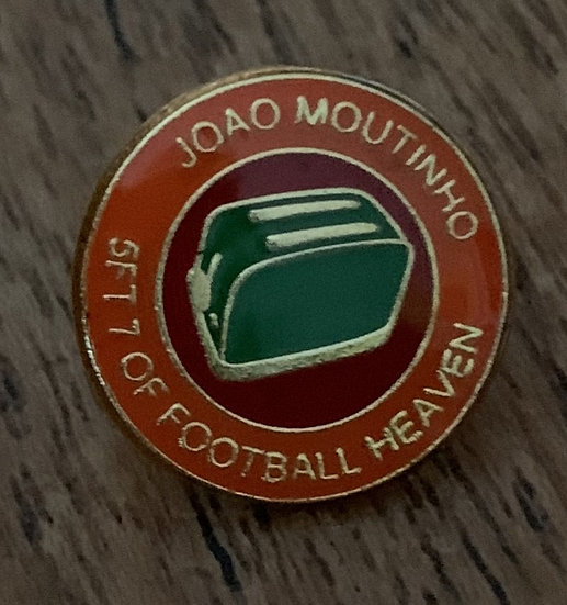 Moutinho Badge (Gold/Red/Green) (S)