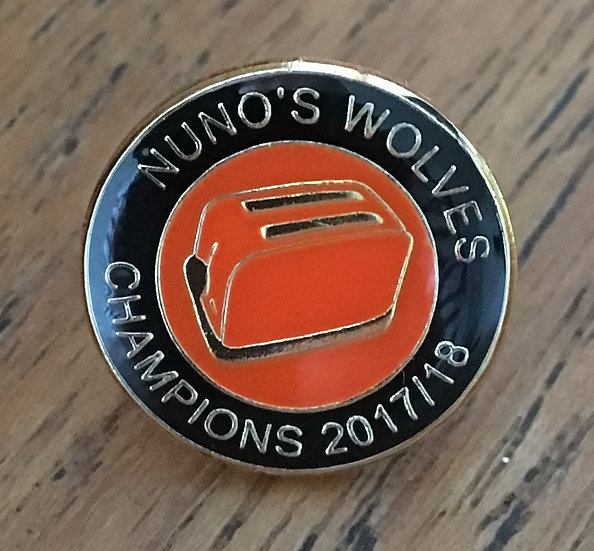 CHAMPIONS Toaster Badge (Black/Gold/Gold) (L)