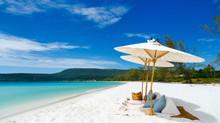 White Sand Beaches & Blue Skies - but where?