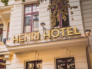HENRI ... The boutique hotel in Charlottenburg, Berlin!