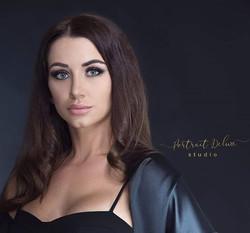 Angelina 🌹 ._._._._._