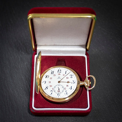 14k Solid Gold Omega 17 Jewel Full Hunter Pocket Watch