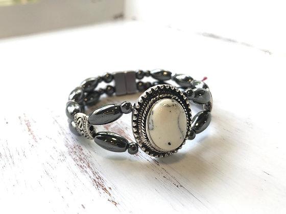 Howlite Pendant Bracelet