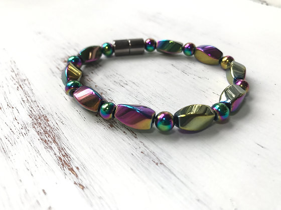 Single Strand Color Shift Bracelet