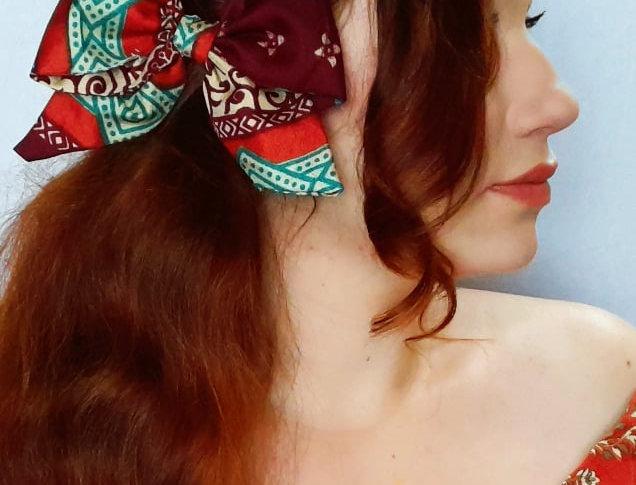 warm reds sari hair bow