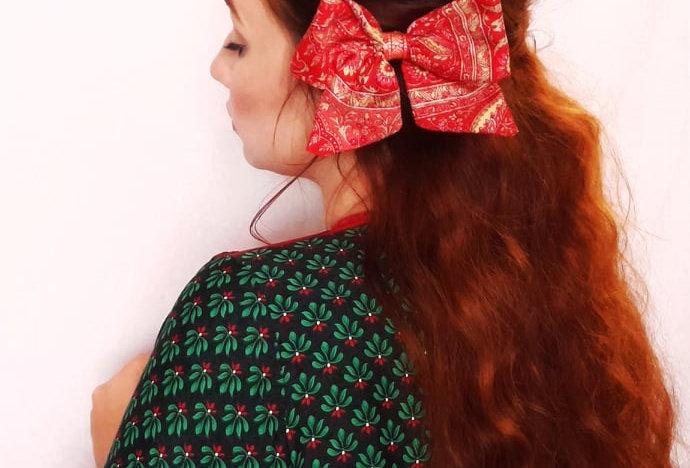 coral red sari hair bow