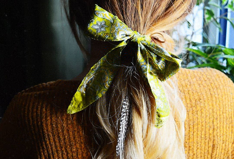 Green sari hair ribbon