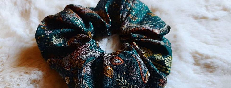 Forest Green sari scrunchie
