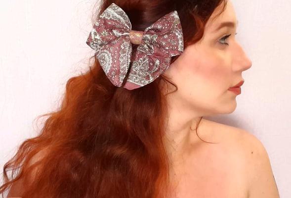mauve pink sari hair bow