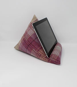 Tweed iPad / Tablet / Kindle Stand