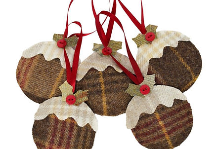 Scented Christmas Pudding Decorations in tweed