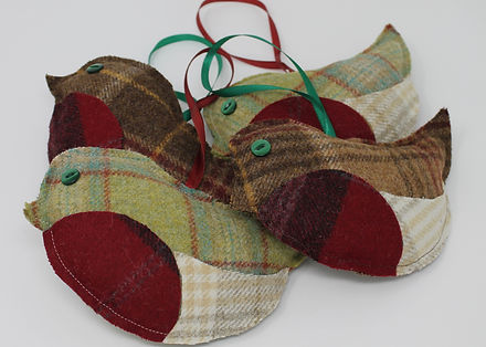 Tweed Christmas Robins
