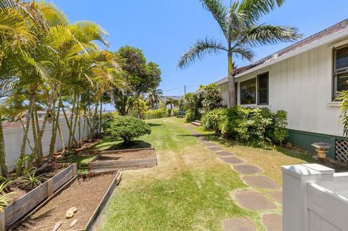 56-103 Alapa Place - Aloha Films - Web-3