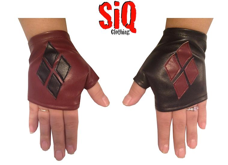 Harley Quinn Mitten Gloves Burgundy