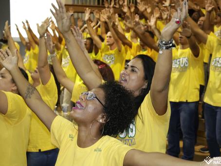CRISTOLÂNDIA CELEBRA 10 ANOS DE VIDAS TRANSFORMADAS PELO BRASIL