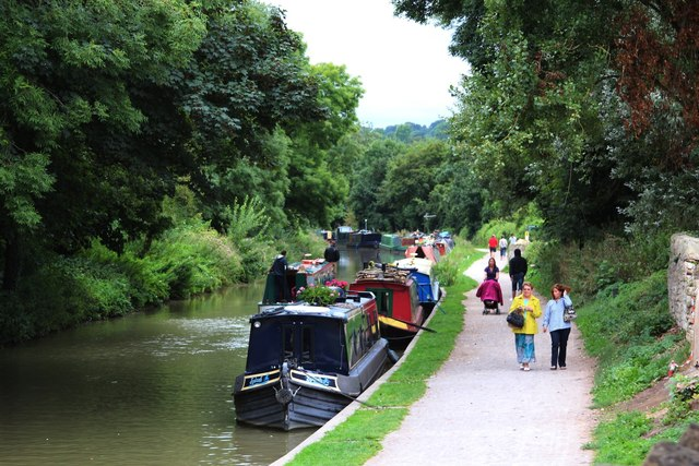 Kennet & Avon Canal cc-by-sa/2.0 - © Oast House Archive - geograph.org.uk/p/3624524
