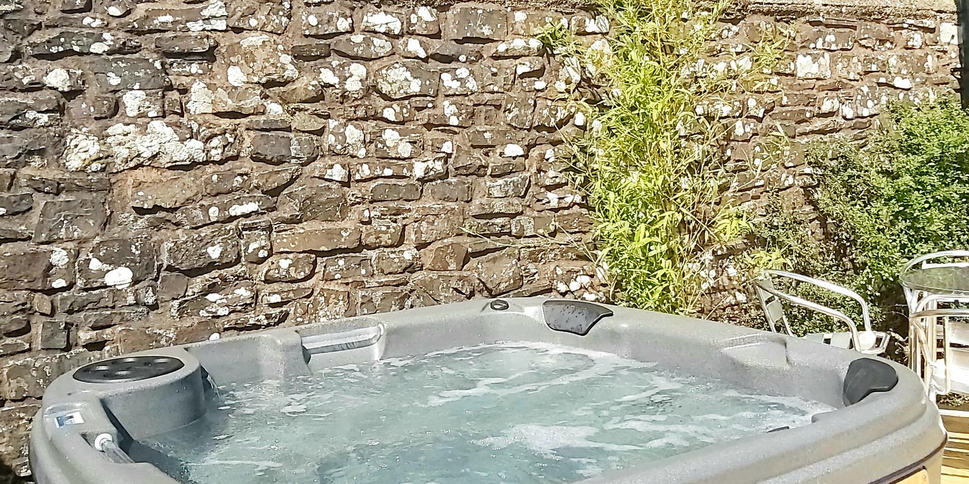 Hot Tub North Devon Self Catering