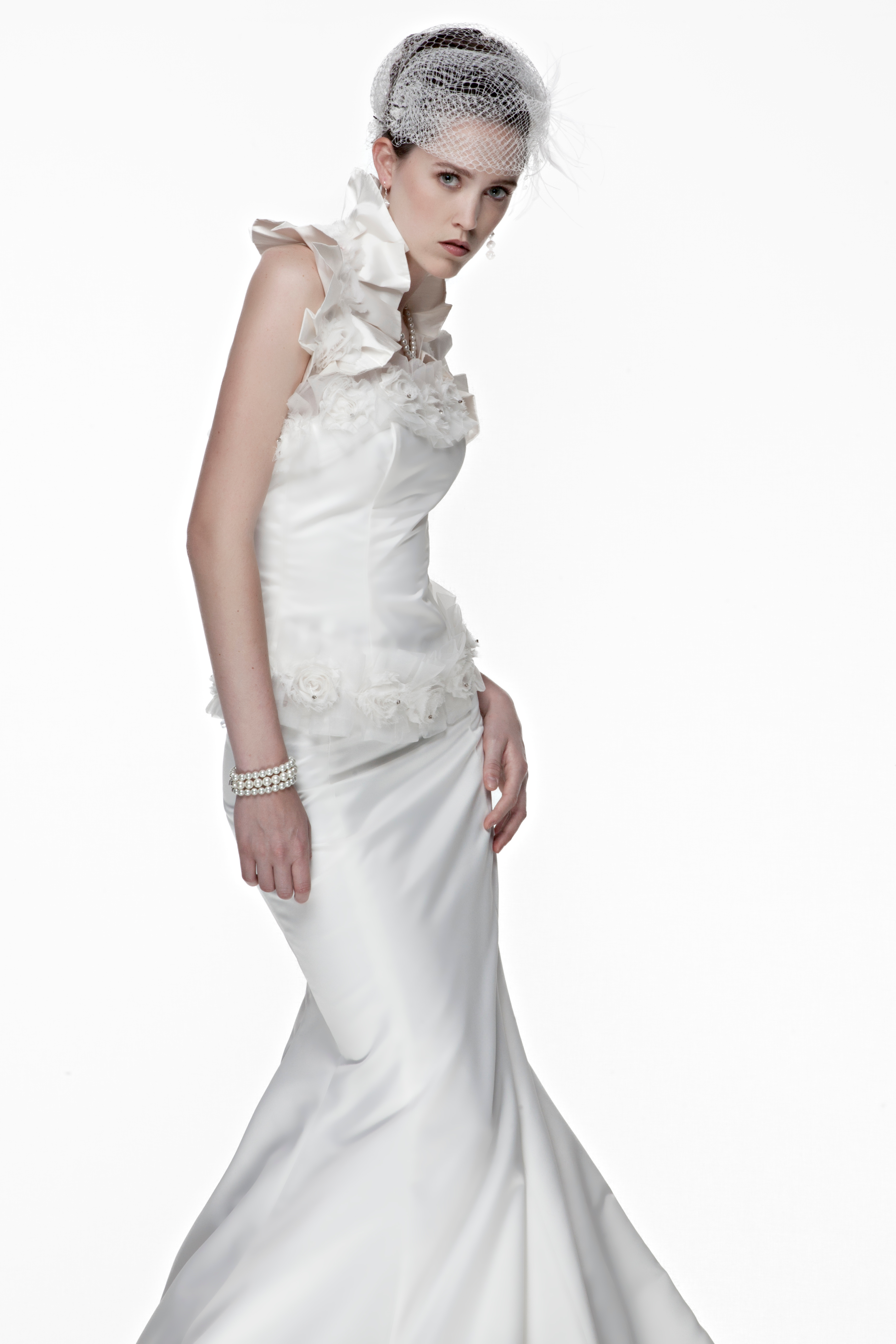 Wedding corset and skirt with organza ruffles