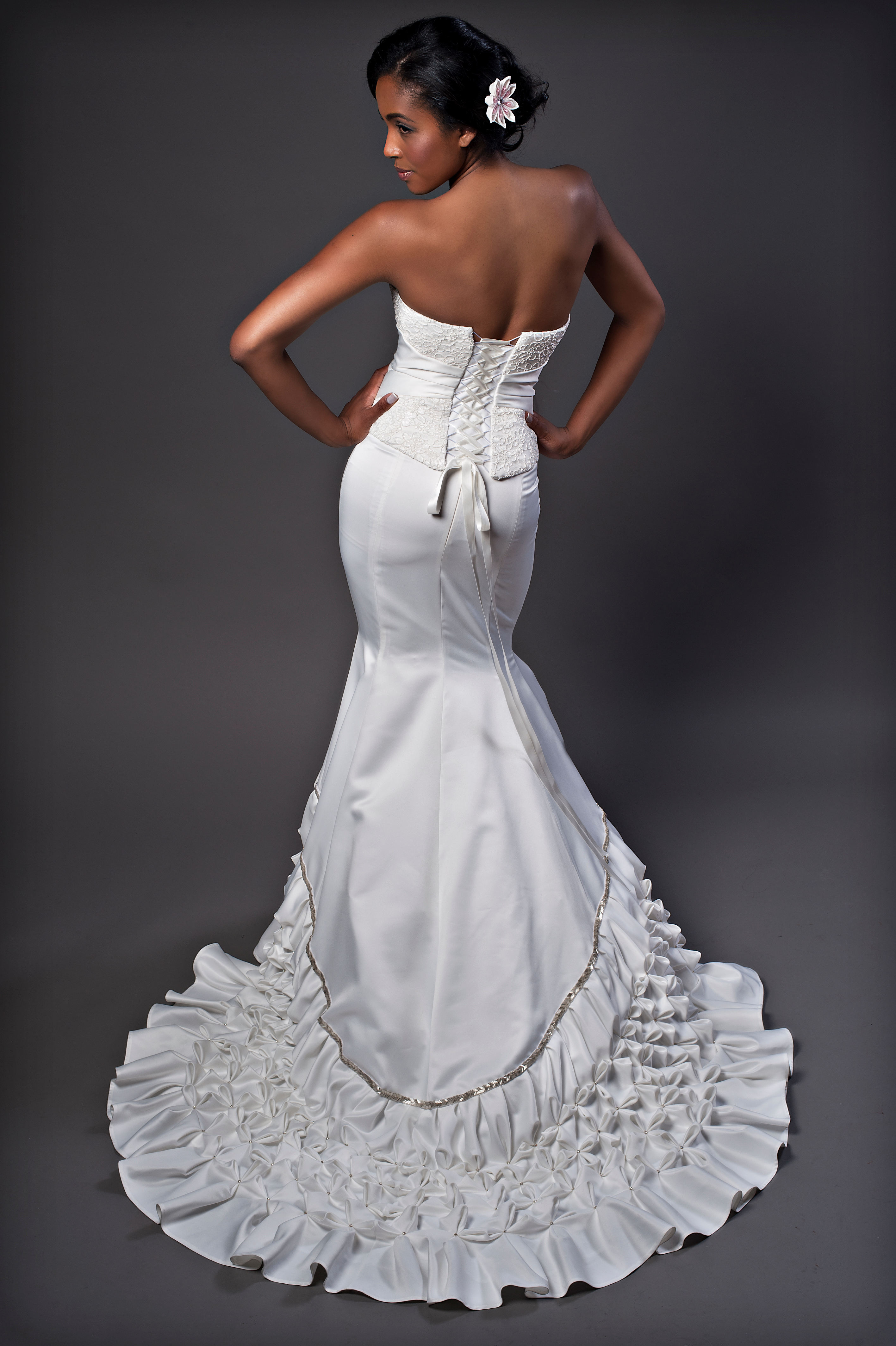 Wedding skirt with pleated train