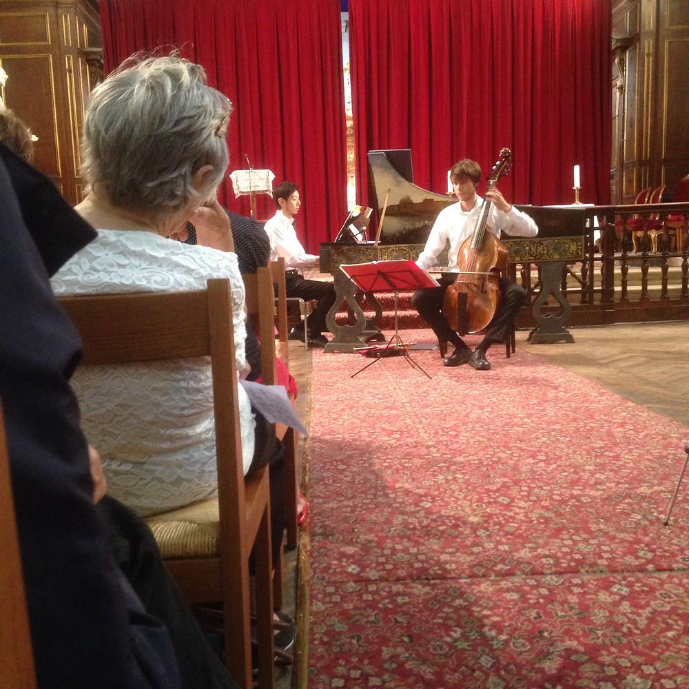 Un grand merci pour cette ambiance chaleureuse à l'occasion de mon premier concert Flame à la cathédrale Sainte Croix des Arméniens à Paris.