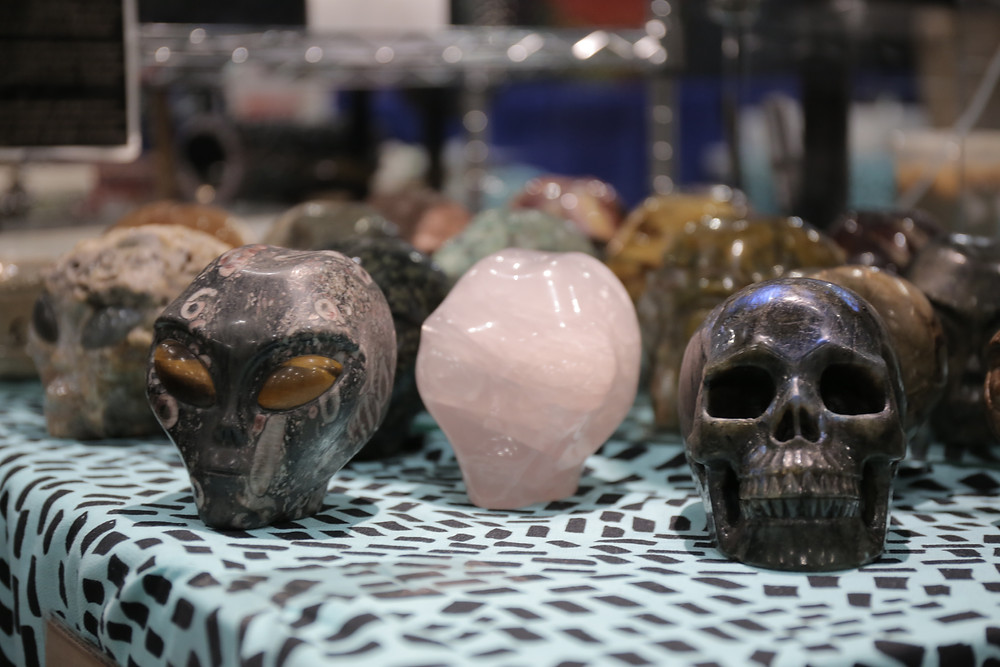 alien art and rocks