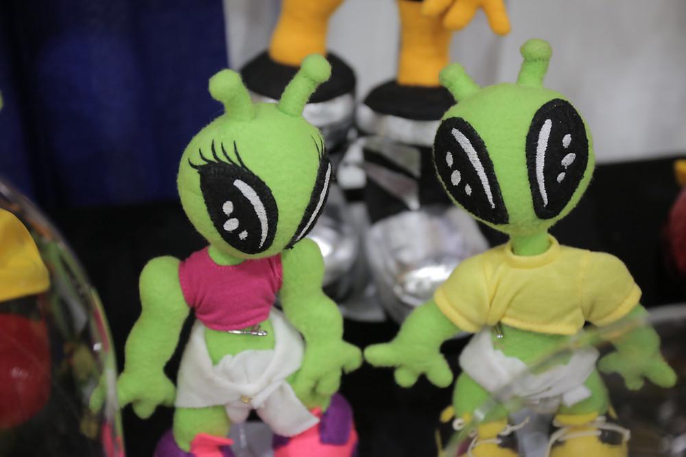 Obiis alien character figures