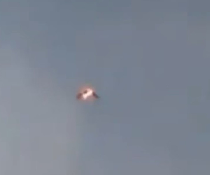 UFO News ~ Video of Wild-Looking UFO Over Cuba Goes Viral plus MORE 4290b8_8f34cb756c0e40a486315c0a8f68c421~mv2