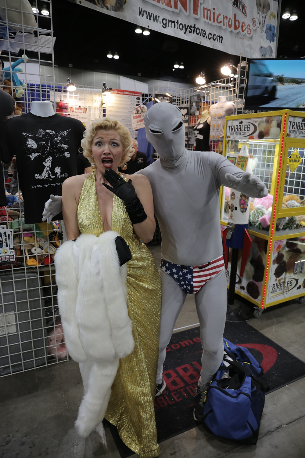 marylin monroe alien costume